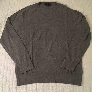 Banana Republic Men's Large V-Neck Sweater Gray